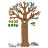 [Veľký strom so zvieratkami]