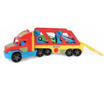 [Super truck z autkami]