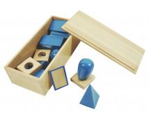 [Niebieskie bryły geometryczne w pudełku]