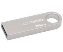 [USB kľúč 16 GB]