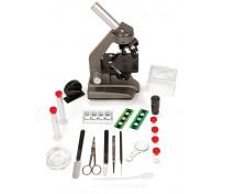 [Mikroskop s příslušenstvím]