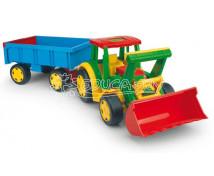 [Maxi traktor s vlečkou]