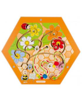 Nástěnný labyrint včelka 1
