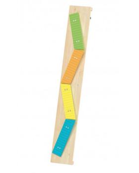Senzorický chodník - barevné lavičky
