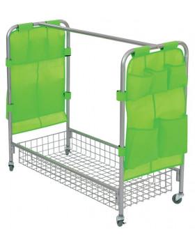 Mobilný vozík na kostýmy
