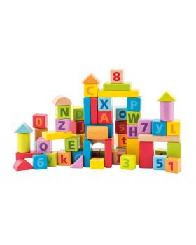 Kostky s písmenky a čísly v pastelových barvách