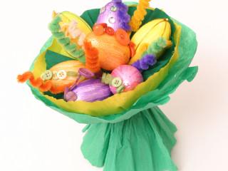 Kytice z velikonočních vajíček