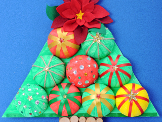 Půlkruhový vánoční stromek
