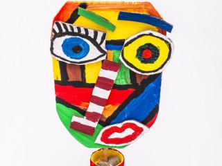 Kartónová maska